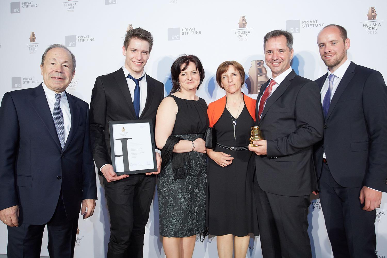 Siegerfoto bei der Houska Preisverleihung für den Publikumspreis