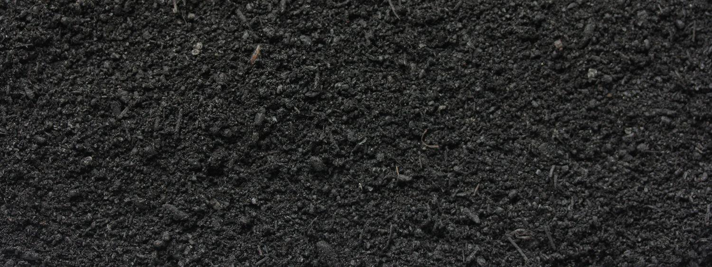 Bodenaktivator von Sonnenerde, Detailfoto von der Erdenstruktur